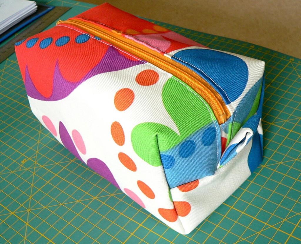 Pin patron couture gratuit pour enfant facile genuardis for Trousse de couture complete