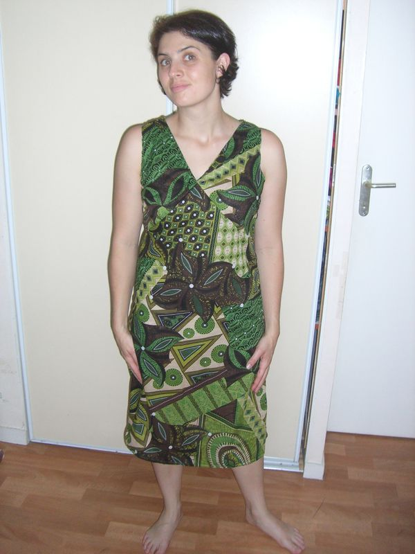 Patron de couture robe africaine style robes france for Couture a fronce