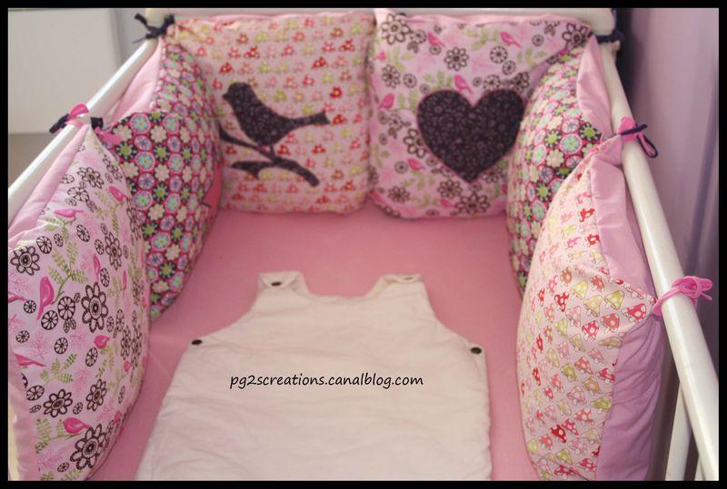 mod le couture tour de lit b b 6. Black Bedroom Furniture Sets. Home Design Ideas