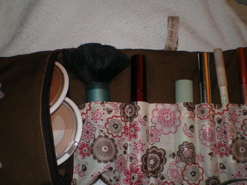 Tuto couture pochette maquillage 12 - Patron pochette couture gratuit ...