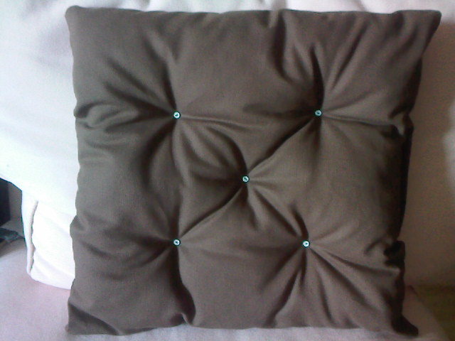 Tuto couture galette de chaise for Couture housse coussin facile