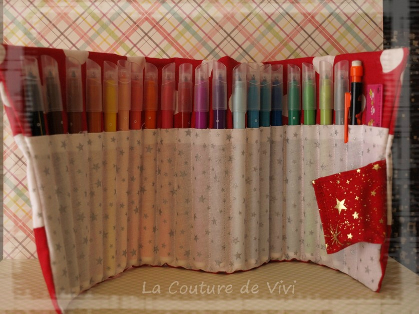 Tuto couture trousse crayons 12 for Couture de trousse