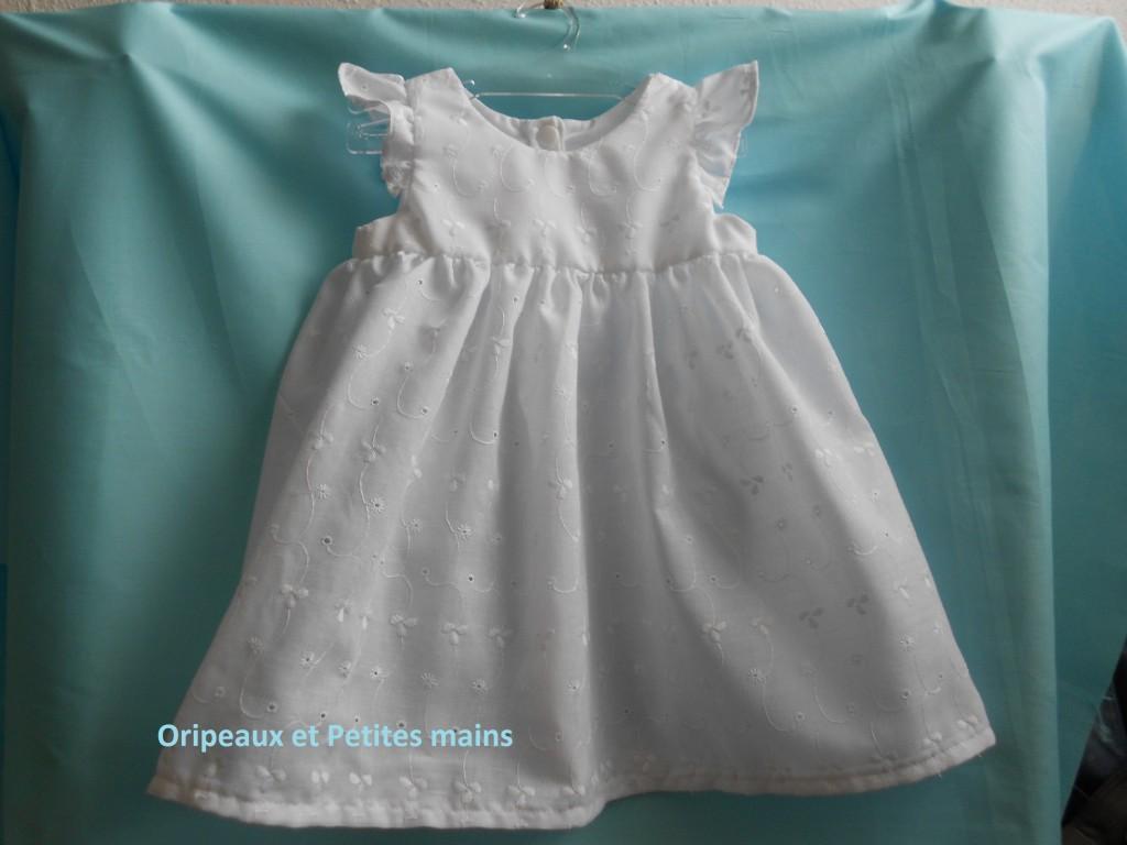 modèle couture robe bébé