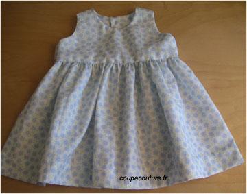 modèle couture bébé fille